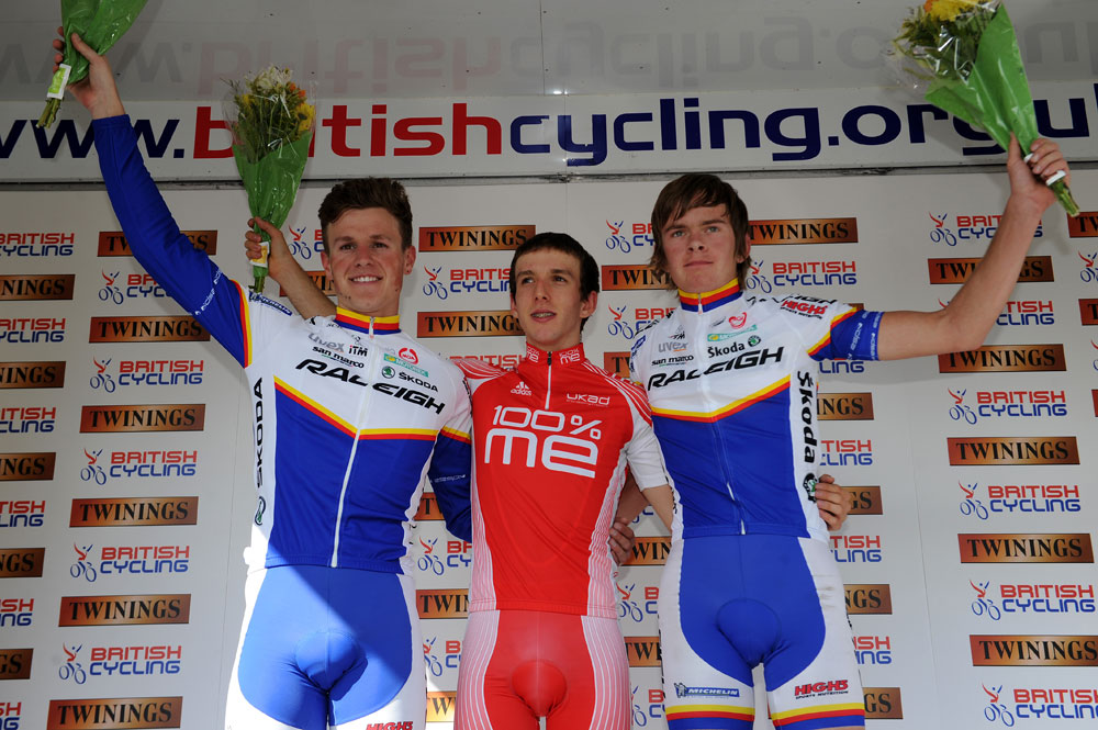Simon Yates wins, Twinings Pro-Am Tour 2011