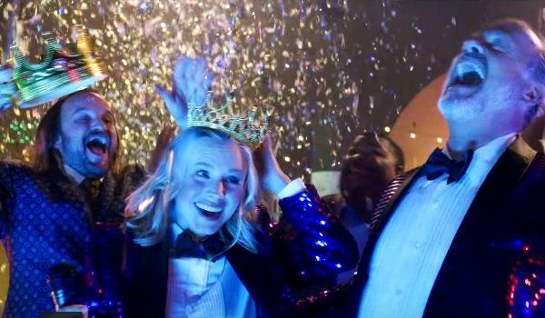 Like Father Kristen Bell Kelsey Grammar being crowned under confetti rain