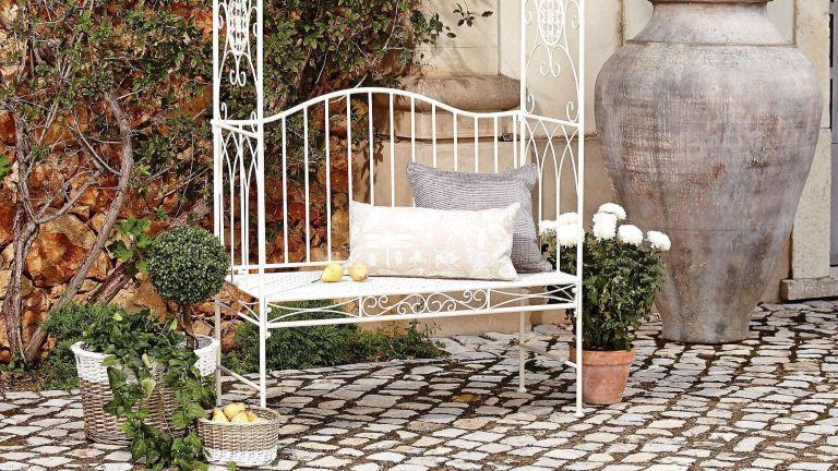 The best metal garden furniture