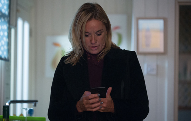 EastEnders Mel Owen gets a call from Maddie Wright