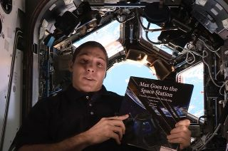 Astronaut Reads for 'Story Time From Space'