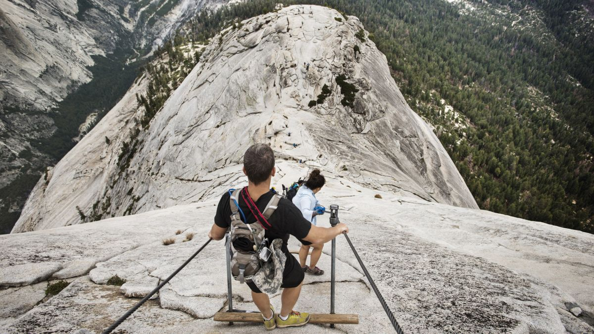 The most dangerous hiking trail in the world: knife-edge ridges and precipitous walkways