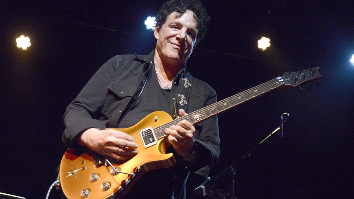 Neal Schon takes a Journey into the future with augmented reality app