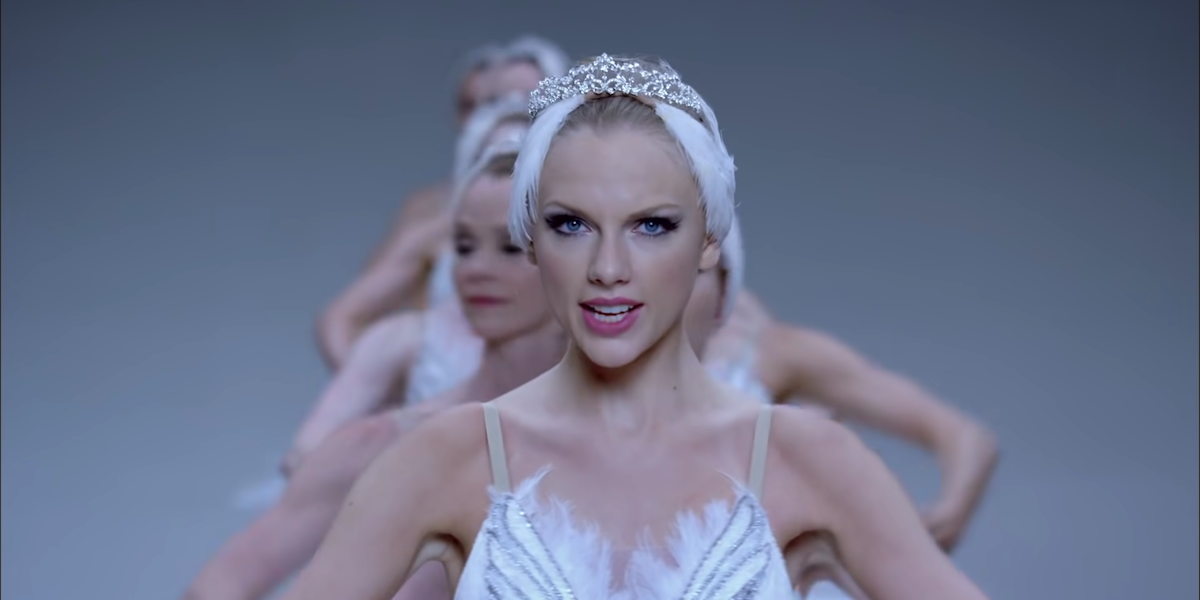 Taylor Swift in ballerina costume in Shake it Off music video