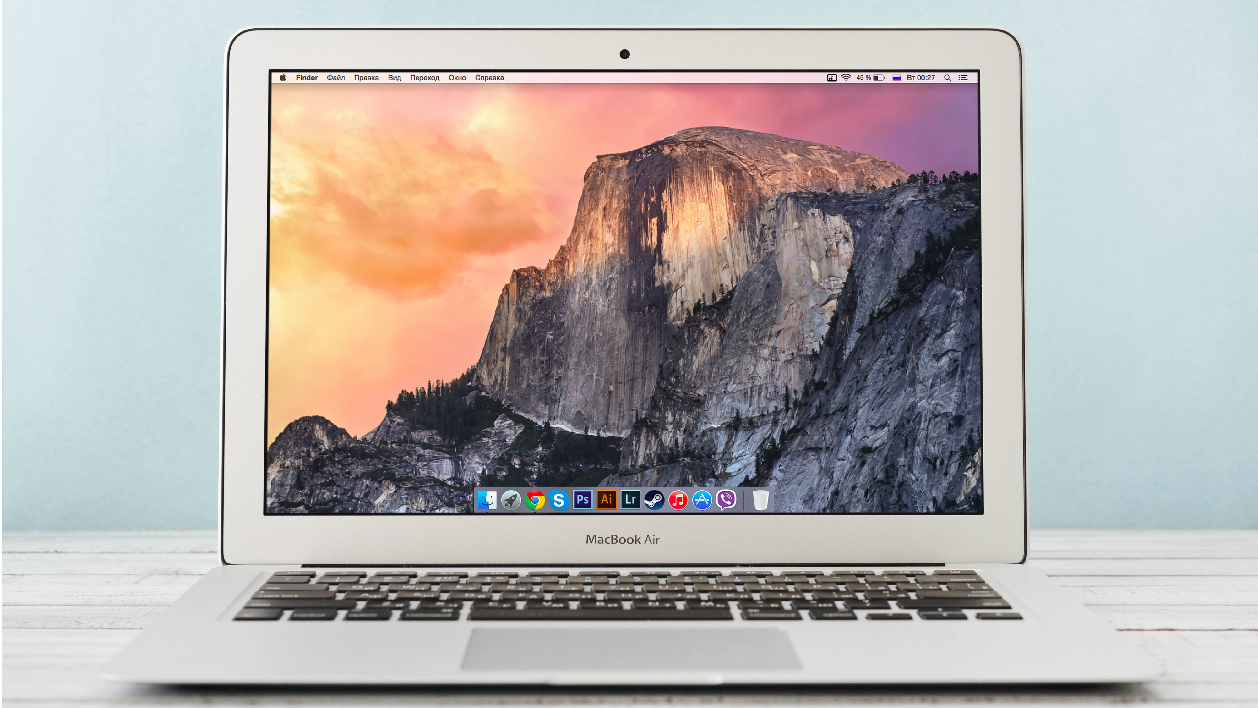 The 13-inch MacBook Air gets a $250 price cut at Best Buy