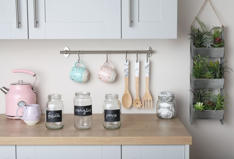 DIY storage jar hack with chalkpaint spray