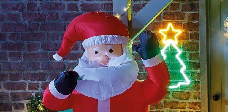 Aldi Christmas decorations: inflatable Santa