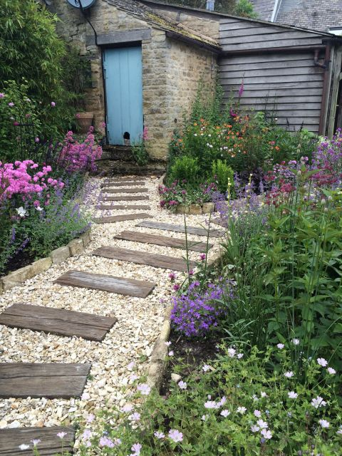 Cottage Gardens How To Plan Design, How To Plan A Cottage Garden