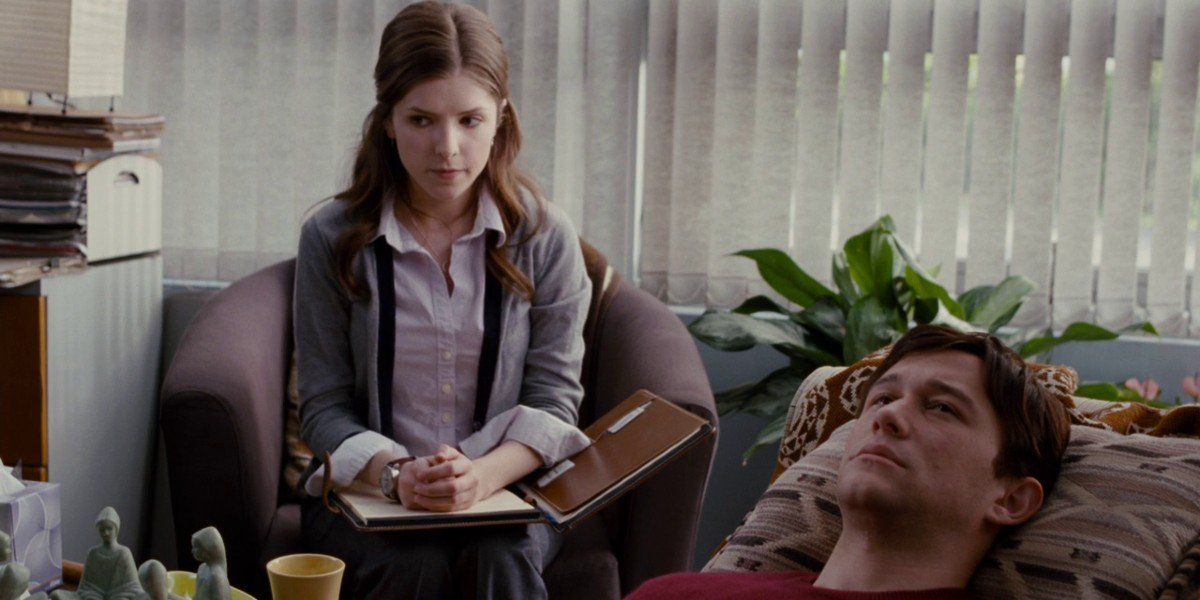 Joseph-Gordon Levitt and Anna Kendrick in 50/50