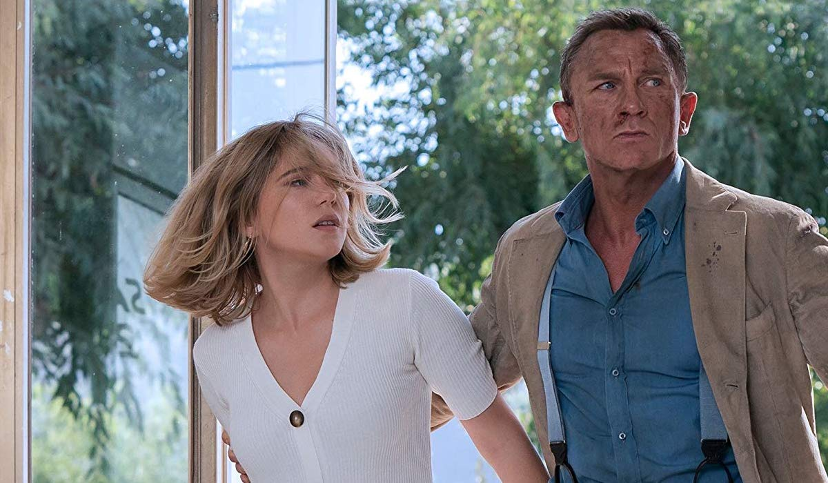 Léa Seydoux and Daniel Craig in No Time To Die