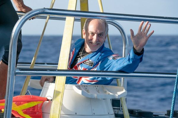 Astronaut-explorer Richard Garriott makes record-breaking dive to deepest point on Earth