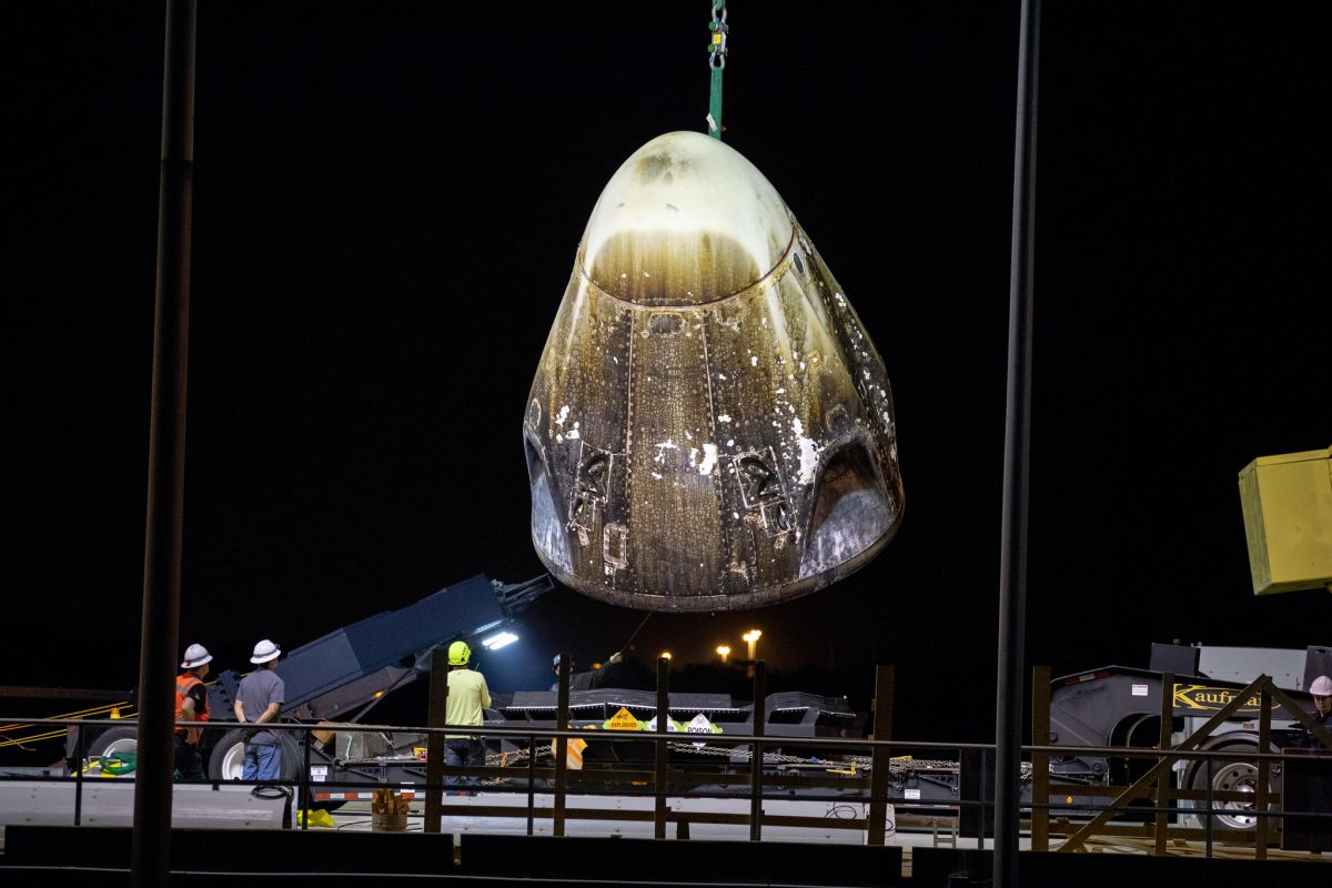 SpaceX Crew Dragon Capsule Suffers Anomaly During Engine Test