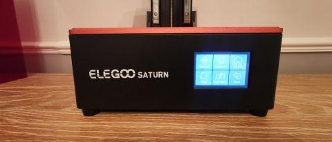 Elegoo土星LED显示屏的正面视图