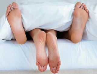 feet sticking out of bed sex