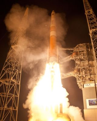 Delta 4 rocket launches new GPS 2F-2 satellite.