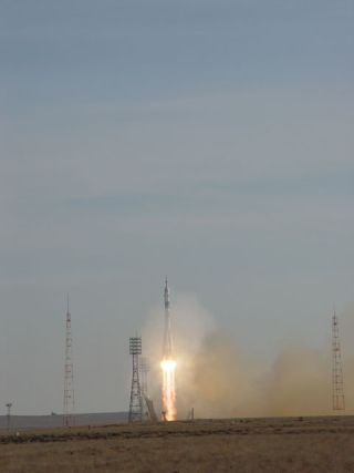 Liftoff! Third Space Tourist, New Crew Launches Toward Space Station