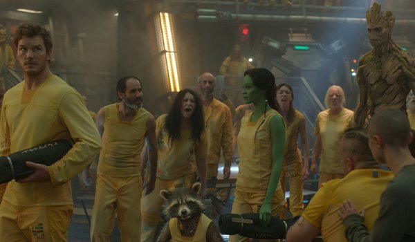 Guardians of the Galaxy Chris Pratt Zoe Saldana Quill and Gamora walking through the prison common a
