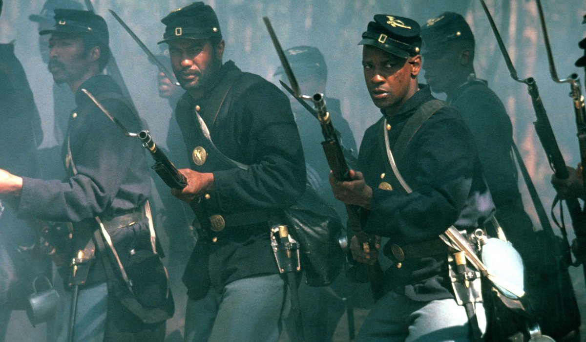Glory Denzel Washington marches into battle