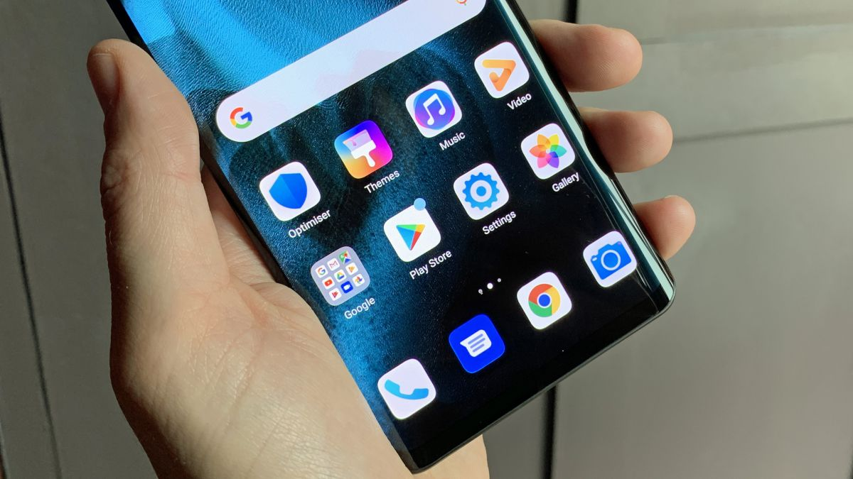 Huawei CEO claims firm's own mobile OS will be faster than iOS and Android