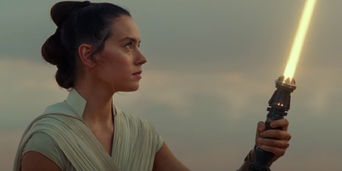 Looks Like Rey's New Lightsaber Was Going To Play A Bigger Role In Star Wars: The Rise Of Skywalker