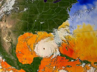 NASA Evacuates Emergency Crew From JSC
