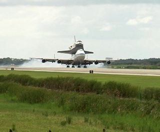 Space Shuttle Discovery Returns to Florida Home
