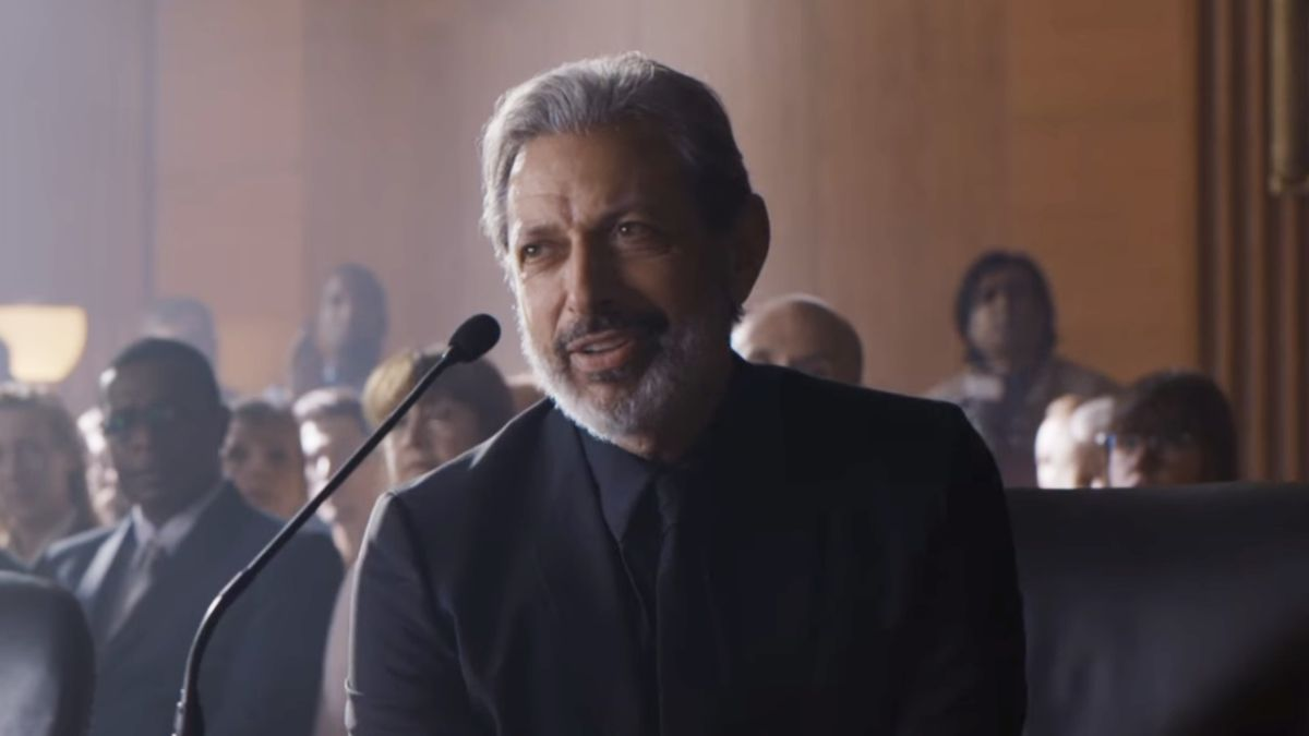 This Jurassic World: Fallen Kingdom making-of trailer is our first look at Jeff Goldblum