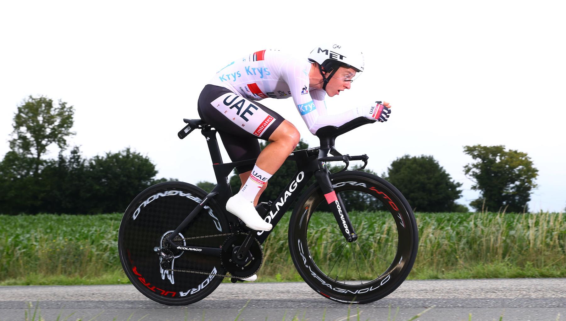 Tadej Pogačar crushes stage five of the Tour de France 2021