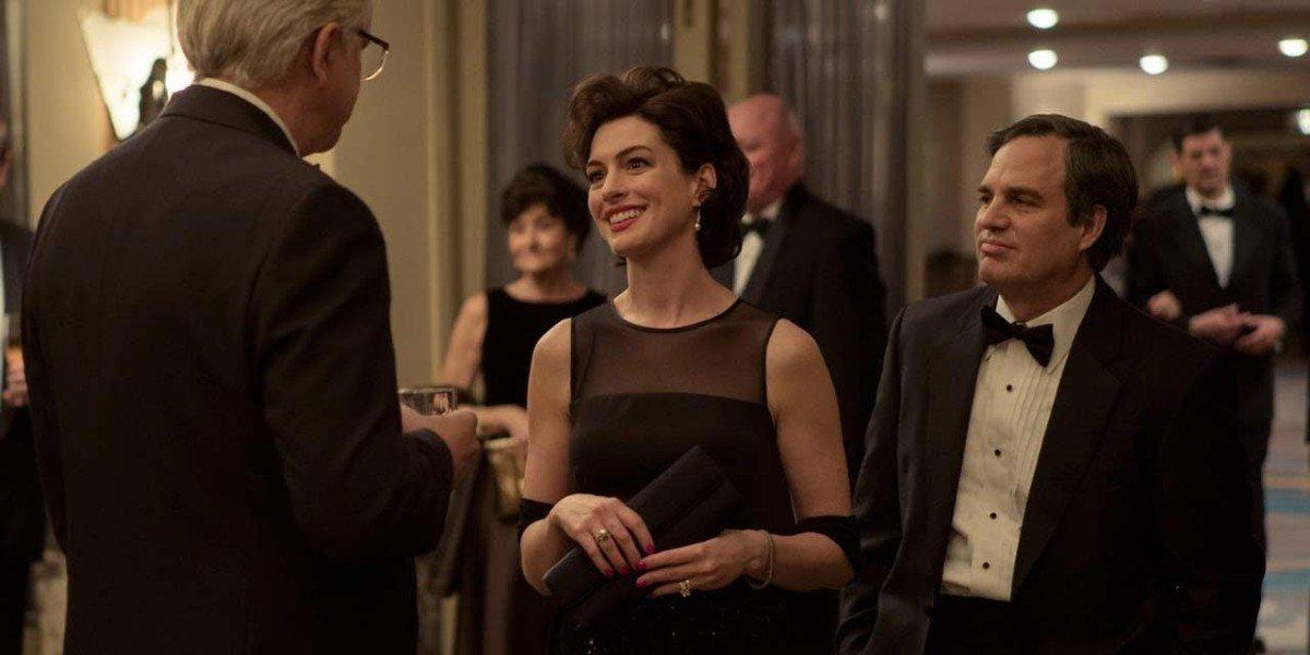 Tim Robbins, Anne Hathaway, Mark Ruffalo - Dark Waters