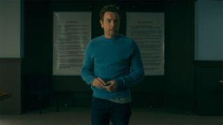 Danny Torrance (Ewan McGregor) celebrating eight years of sobriety in Doctor Sleep