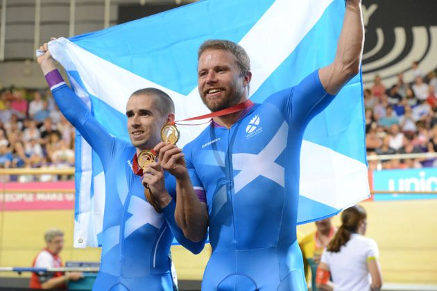 Neil Fachie and Craig MacLean win tandem kilo, Commonwealth Games 2014, track day two