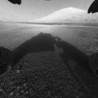 Mars rover Curiosity takes picture of Mount Sharp in Gale Crater