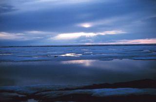 Beaufort Sea arctic ice reaches new low