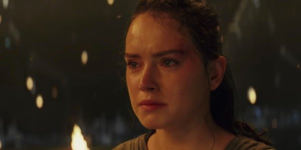 Rey crying in The Last Jedi