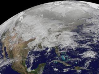 massive-snowstorm-110131-02