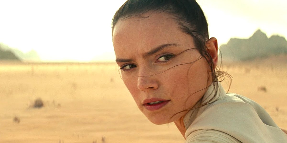 Rey looks to the side in Star Wars: The Rise of Skywalker Lucasfilm