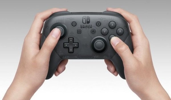 hands on nintendo switch controller