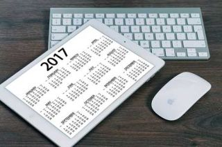 How to Create a Click and Learn Digital Calendar