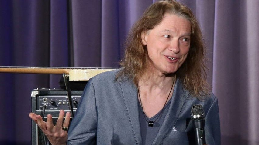 """""""It Just Didn't Sound Right No Matter What We Did"""": Robben Ford on Abandoning His Treasured Dumble Overdrive Special"""