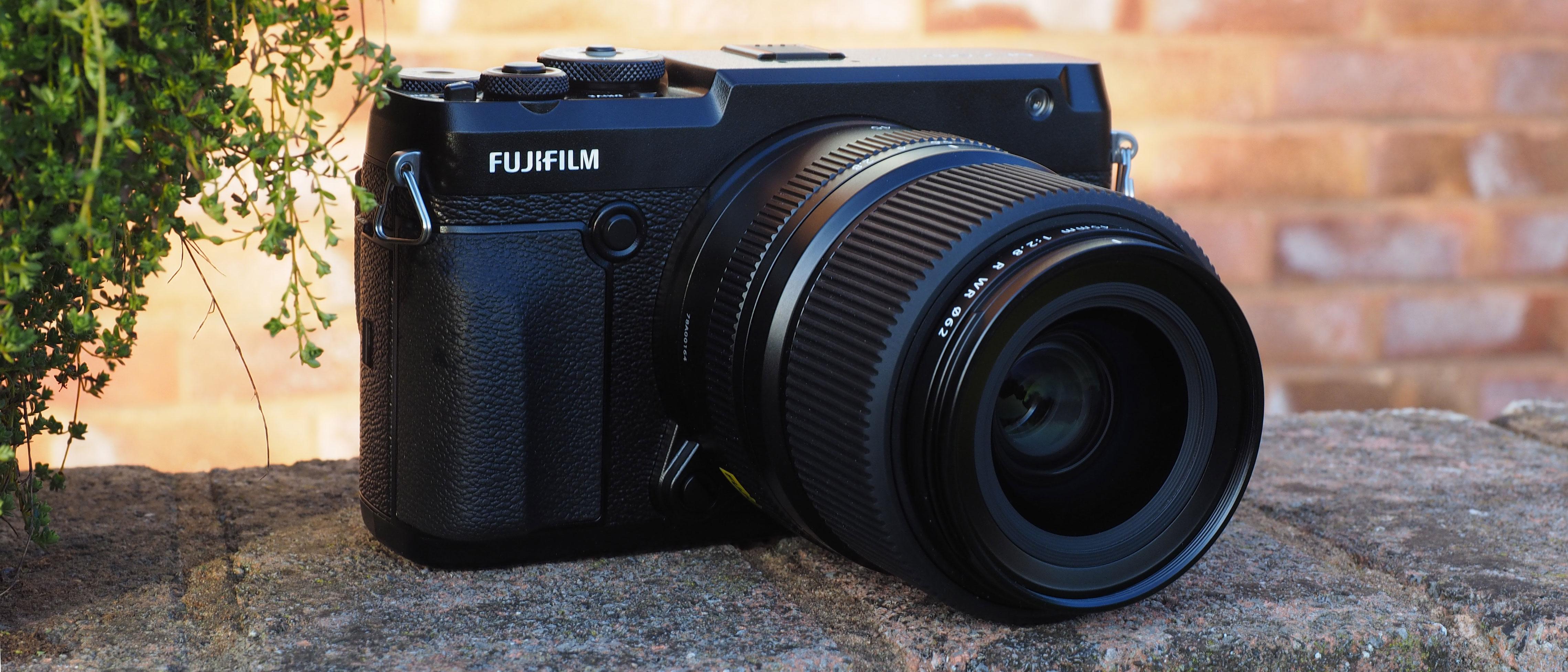 Fujifilm GFX 50R review | Digital Camera World