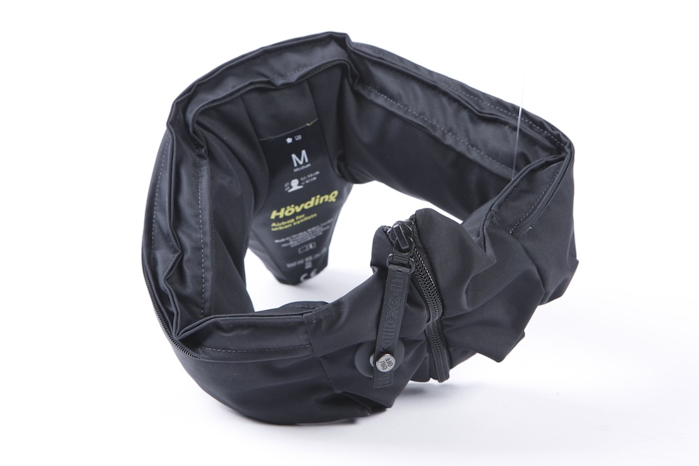 a88cfb22143 Hövding Cycling Air Bag (video) review - Cycling Weekly