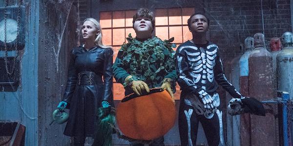 Ray Taylor, Madison Iseman and Caleel Harris in Goosebumps 2: Haunted Halloween