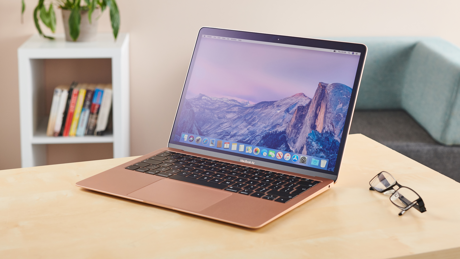 Apple MacBook Air (2019) | TechRadar