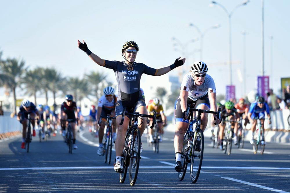117d79af2 Australian Chloe Hosking wins the final stage while Trixi Worrack takes the  overall at the Ladies Tour of Qatar - Photos by Owen RogersChloe Hosking  wins ...