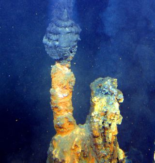 Alkaline hydrothermal vents, origin of life
