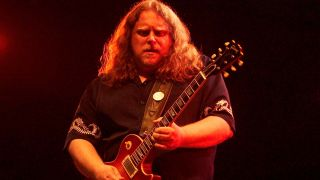 5 guitar tricks you can learn from Warren Haynes