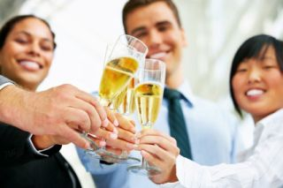 Start the New Year Clearheaded: Tips to Avoid Hangovers