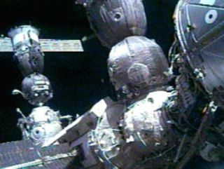 Expedition 10 Crew Receives Warm Welcome Aboard ISS