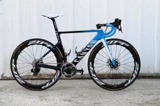 Movistar bike equipped with SRAM