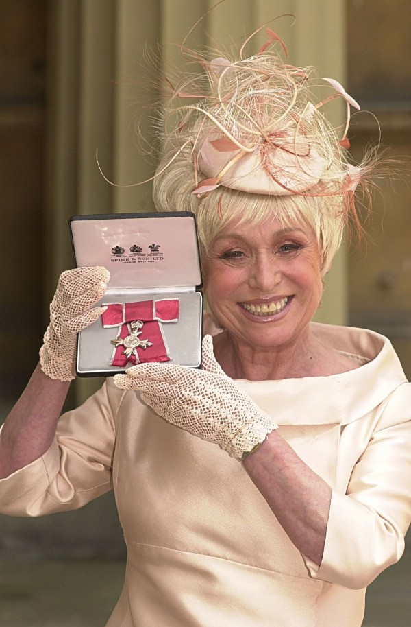 Babs accepted her MBE from the Queen in 2000